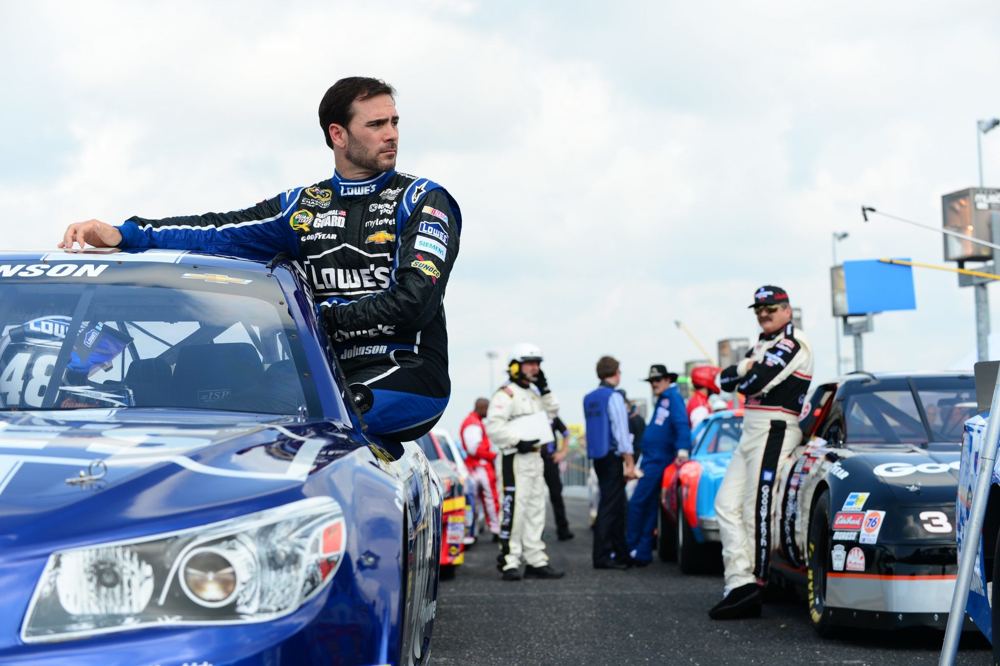 market analysis of nascar Swot analysis of nascar posted on march 14, 2016 april 27, 2016 by griffinscollegeboytry nascar is in a position unlike any other sport when it comes to strengths, weaknesses, opportunities, and threats.
